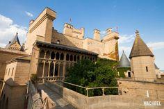 Castillo de Olite Navarra España 640x426 Ruta de los castillos de Navarra