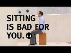 Titel: Embody: Sitting is bad for you Taal: Engels Omschrijving: De strekking is dat zitten en niet bewegen slecht is voor je lichaam, hersenen, longen en emoties. Bewegen is goed en zorgt ervoor dat je je beter voelt, fitter bent, minder stress hebt psychologisch en fysiek gezien.  Duur: 3:52 minuten Bron: www.hermanmiller.com, 10-11-2009