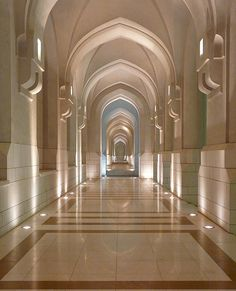 ✯ Corridors outside the Official Residence of the Sultan of Oman
