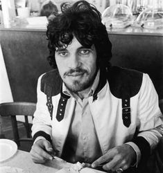 Jim Capaldi....Obituary: Drummer with rock group Traffic who also enjoyed solo success.With his handsome boxer's face and a singing voice of bruised soulfulness, Jim Capaldi might have achieved the degree of fame that fell upon his friend Steve Winwood. Instead, Capaldi, who has died of cancer aged 60, will remain best known as the drummer with Traffic, the group he and Winwood formed in 1967 with two other West Midlands musicians, the guitarist and songwriter Dave Mason and the saxophonist…