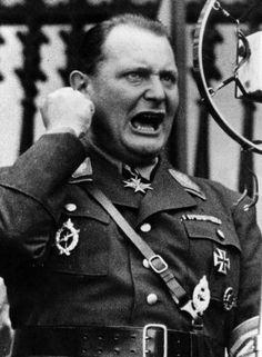 Pregon Agropecuario :: ¿CUÁN CERCA ESTUVIERON LOS NAZIS DE DESTRUIR REINO UNIDO? - Remembranzas Históricas - Documentos históricos nacionales