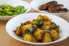 A perfect side dish for your Sunday brunch, this Chinese style sauteed potato recipe adds new surprise to the classic dish. Veggie Recipes Healthy, Potato Recipes, Vegetable Recipes, Vegetarian Recipes, Healthy Meals, Dinner Dishes, Side Dishes, Asian Recipes, Asian Foods