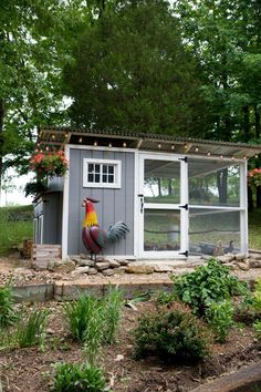 Chicken Coop - How to Start Raising Backyard Chickens in 7 Simple Steps - Wholefully Building a chicken coop does not have to be tricky nor does it have to set you back a ton of scratch. Chicken Coop Designs, Small Chicken Coops, Chicken Barn, Portable Chicken Coop, Chicken Coup, Best Chicken Coop, Backyard Chicken Coops, Building A Chicken Coop, Urban Chicken Coop
