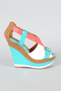 Cute wedges to pair with a bright summer dress