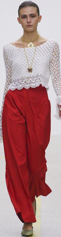 Captivating Crochet a Bodycon Dress Top Ideas. Dazzling Crochet a Bodycon Dress Top Ideas. Crochet Flower Hat, Crochet Lace, Moda Crochet, Crochet Braid Styles, Gypsy Skirt, Crochet Woman, Crochet Blouse, Beautiful Crochet, Crochet Clothes