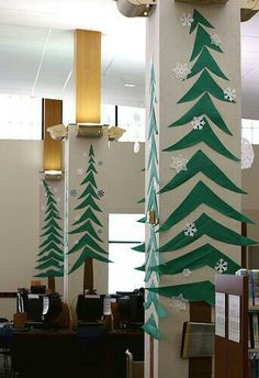 Artificial fir tree as Christmas decoration? A synthetic Christmas Tree or even a real one? Lovers of artificial Christmas decorations , such as for example Christmas tree or artificial Advent wreath Office Christmas Decorations, School Decorations, Tree Decorations, Library Decorations, Christmas Decorations For Classroom, Winter Wonderland Decorations, School Door Decorations, Christmas Displays, Winter Decorations