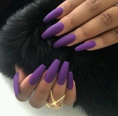 We like unique and attractive matte nails. They apply to informal and formal activities. Matte nails can be paired with clothes of any color. Matte nails can be used in many colors and can be easily applied to fingers. Gorgeous Nails, Love Nails, Fun Nails, Pretty Nails, Prom Nails, Perfect Nails, Wedding Nails, Best Acrylic Nails, Matte Nails
