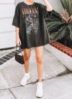 roupas fashion Baddie outfit ideas is a g - fashion Grunge Outfits, Indie Outfits, Cute Casual Outfits, Summer Outfits, Concert Outfits, Festival Outfits, Picnic Outfits, Summer Dress, Sporty Outfits