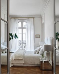 Love a light white bedroom with a balcony. Image from @zarahome