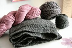 Couture, Pull, Crochet, Knitted Hats, Winter Hats, Knitting, Tricot, Chrochet, Stricken