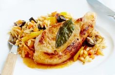 150 family dinners under 500 calories - Sage pork chops with vegetable pasta - goodtoknow Vegetable Pasta Recipes, Pasta Dinner Recipes, Veggie Pasta, Easy Pasta Recipes, Delicious Recipes, Yummy Food, Dinner Dishes, Hcg Diet Recipes, Low Calorie Recipes