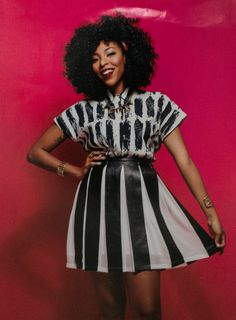 Jessica Williams, The Daily Show's reigning queen of satire, opens up about her mom, her therapist, and how she deals with haters. Devine Goddess, Jessica Williams, Celebrity Portraits, Large Women, I Love Girls, Celebs, Celebrities, Woman Crush, Black Girl Magic