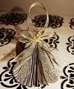 Book Bell Ornament | AllFreeChristmasCrafts.com
