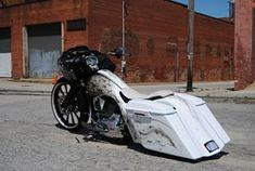 Love the color fade I this bagger #harleydavidsonstreetglidelove #harleydavidsonbaggerstreetglide