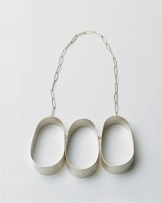 Dorothea Prühl - Drei (Three), 2000 necklace, silver - L of one shape 10 cm