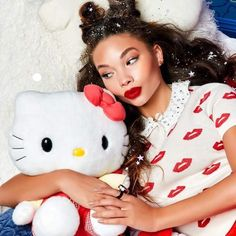 Sanrio has recently collaborated with ColourPop to create a full Hello Kitty cosmetics collection for the eyes, lips and face. The set includes eye shadows, blush, highlighter, and lipstick. Check out the product line on Sanrio.com.  #HelloKittyCulture #ColourPop #HelloKittyMakeup #MakeupLine #SanrioNews #MakeupIdeas #HelloKittyCosmetics