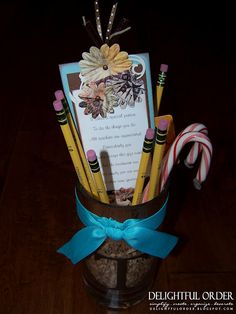 Teacher Gift: Pencil Holder with Bookmark giftcard holder