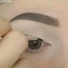 Under Eye Makeup, Eye Makeup Steps, Smokey Eye Makeup, Makeup For Brown Eyes, Beautiful Eye Makeup, Simple Eye Makeup, Natural Eye Makeup, Beautiful Eyes, Simple Eyeliner