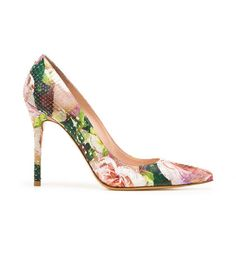 mad floral  NOUVEAU Stuart Weitzman  Too pretty