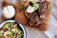 Ukemeny for uke 39 Couscous, Pesto, Steak, Food, Spinach, Essen, Steaks, Meals, Yemek