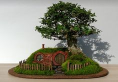 Miniature Hobbit House   Decor Advisor