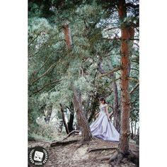 I grabbed this shot while the lady was positioning her self  2016 CNGZ ARTS - Beytullah Cengiz  WWW.CENGIZ.BE - INFO @ CENGIZ. BE  #wedding #weddings #weddingdress #weddingphotographer #weddingday  #weddingphotography #weddinginspiration #weddingparty #weddingcake  #weddingdecor #düğün #dugun #dugunhikayesi  #dugunfotografcisi #dugunfotograflari  #düğündernek #düğünfotoğrafçısı #düğünfotoğrafı #düğünhazırlığı #dugunhikayeniz #trouwfotograaf #trouwreportage #trouwfeest #trouwjurk #trouwen…