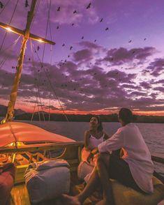 Satya Winnie | Travel Blogger (@satyawinnie) • Instagram photos and videos Komodo Island, Photo And Video, Concert, Videos, Photos, Travel, Instagram, Pictures, Viajes