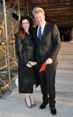 Earl Spencer Karen Gordon Photos - Earl Spencer and Karen Gordon attend the Ubuntu Education Gala at Battersea Power Station. - Earl Spencer and Karen Gordon at the Ubuntu Education Gala Karen Spencer, Spencer House, Spencer Family, Charles Spencer, Princess Diana Grave, Princess Of Wales, British Royals, Celebrity Style, Formal