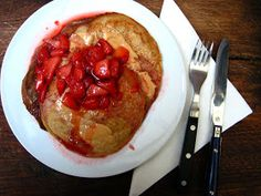 Meet Oprah Wheat-Free: Peanut butter and jelly pancakes (vegan, gluten-free and delicious)