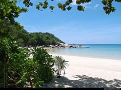 Koh Phang Non, Thailand. Ohh I would love this! Honeymoon Destinations, Vacation Ideas, Traveling By Yourself, Things To Do, Destination Wedding, Thailand, Relax, Wallpaper, Beach