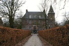 #Kasteel Nemerlaer in #Haaren Lara Croft, Forts, Modern Buildings, Enchanted, Netherlands, Holland, Dutch, Cathedral, Medieval