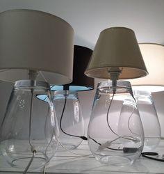 Kobieta po czterdziestce: Szklane lampy.