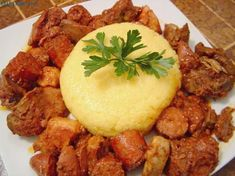 tochitura de pui Chicken, Ethnic Recipes, Food, Romanian Food, Eten, Meals, Cubs, Kai, Diet
