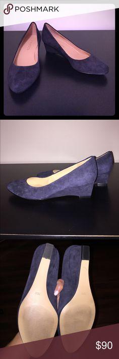 NWT Talbots 7.5m indigo blue porsha shoe Talbots 7.5m indigo blue porsha shoe. Only wore inside a few times. Talbots Shoes