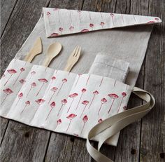 Easy to make cutlery and napkin roll for zero waste living.
