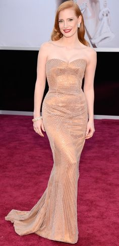 2013 Oscar Red Carpet Fashion - Jessica Chastain in Armani Privé