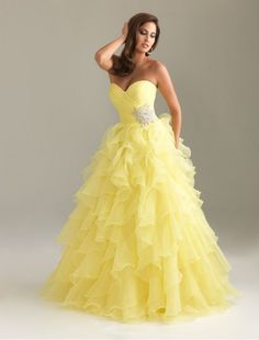 Sweetheart Strapless Neckline A-Line Prom Dress