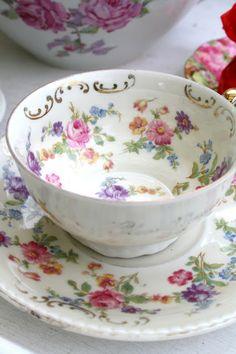 Madelief: El club de la taza de té de la vendimia