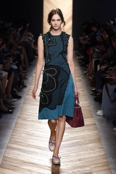 Bottega Veneta spring/summer 2016 women's wear.