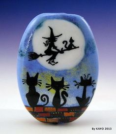 """FREE BROOM RIDES"" byKAYO a Handmade CAT & WITCH Lampwork Glass Focal Bead SRA"
