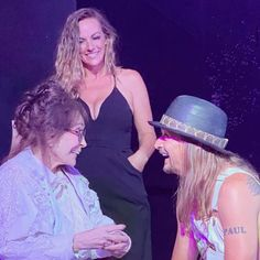 Kid Rock and country icon Loretta Lynn have become close friends in recent years. The two got \ Loretta Lynn, Country Music Stars, Take A Breath, Kid Rock, Finding Yourself, Two By Two, Dads, Close Friends, Concert
