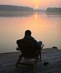 Только самое хорошее надо хранить в своих воспоминаниях, чтобы в нужный момент вспоминать и радоваться тому, что это было в твоей жизни...