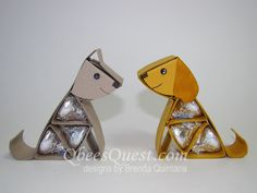 Qbee's Quest: Hershey's Dog and Paw Print Tutorial free with purchase Candy Art, Candy Crafts, Kisses Candy, Hershey Kisses, Hershey Candy, Hershey Chocolate, Chocolate Bouquet Diy, Origami, Puppy Party