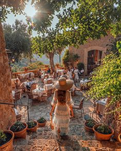 Somewhere in Mallorca. Photography Poses, Travel Photography, Tara Milk Tea, South Of Spain, Romantic Escapes, Crystal Clear Water, Bohemian Decor, Real Life, Beautiful Places
