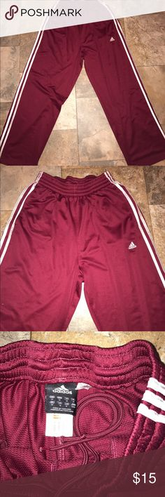 Adidas men's burgundy sweatpants medium euc Adidas men's burgundy sweatpants medium euc Adidas Pants Sweatpants & Joggers