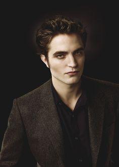 Du 22 mai au 10 juin : suivez le compte Orange France + Ré-épinglez la photo en mentionnant #OrangeCineday  Edward Cullen dans Twilight  ©SND