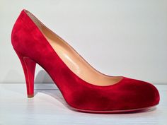 Red hot sexy suede pump from Christian Louboutin!