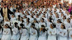 Le 27 mai, 175 enfants syro-catholiques vivant dans un camp de réfugiés d'Erbil, en Irak, ont fait leur première communion, signe d'espoir pour cette communauté de chrétiens forcés de fuir la persécution de l'État islamique. Sur les 5500 personnes vivant...