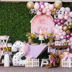 2nd Birthday Party For Girl, Cowgirl Birthday, Girl Birthday Themes, Birthday Ideas, Farm Animal Birthday, Farm Birthday, Farm Animal Party, Party Fiesta, Barnyard Party