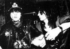 Johnny Thunders & Stiv Bators … Stiv Bators, Johnny Thunders, Band Posters, Music Photo, Psychobilly, Music Is Life, Rock Music, Along The Way, Punk Rock